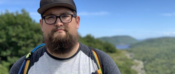 Dan in front of Lake of the Clouds, porkies